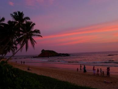 P1070205 O pôr do sol cingalês