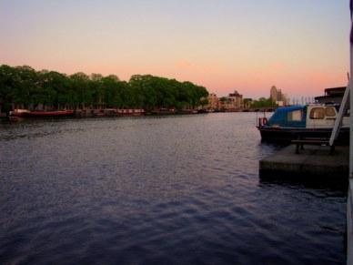 Amsterdã numa casa barco