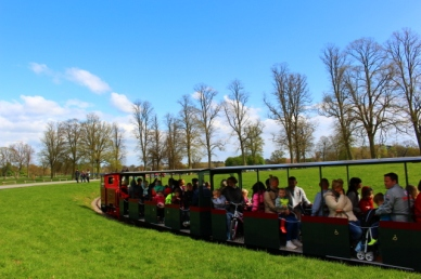 Blenheim palace train